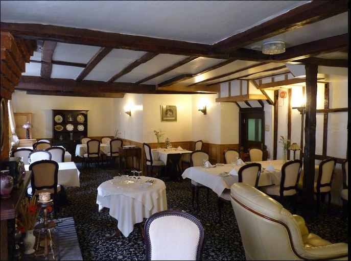 Dining room at hotel in Bromyard