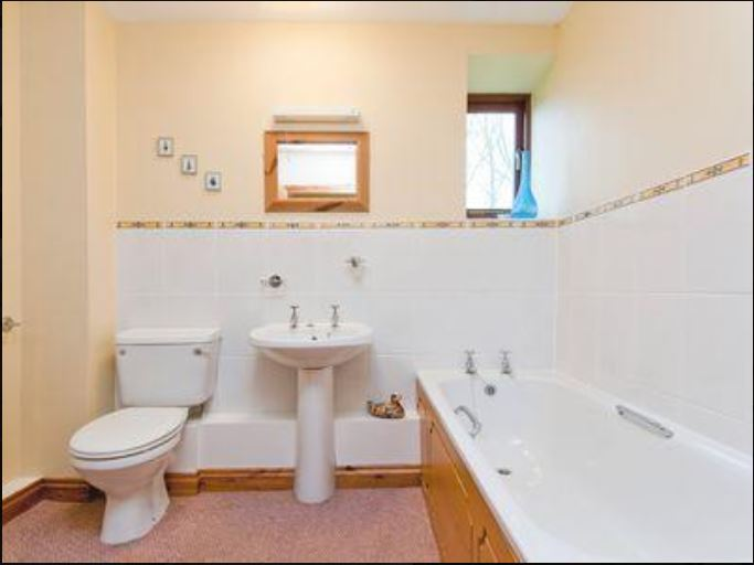 Bathroom at holiday cottage Bromyard