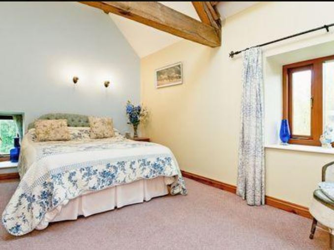 Double room at holiday cottage Bromyard
