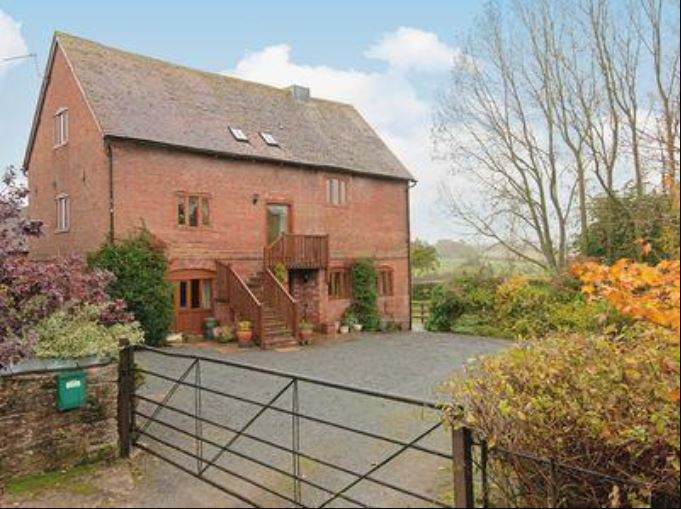 Oast House self catering Bromyard