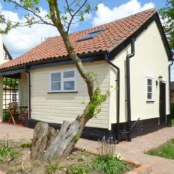 Norbank-cottage-self-catering-near-diss