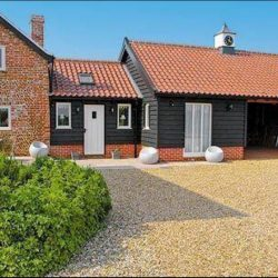 The Granary holiday cottage near Diss
