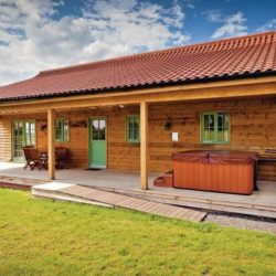 Self-catering-lodges-near-diss
