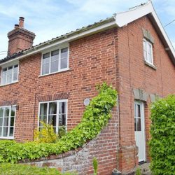 Ivy cottage self catering near Diss