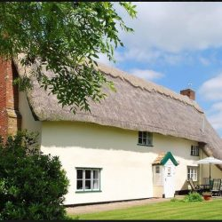 The old house thatched holiday cottage Diss