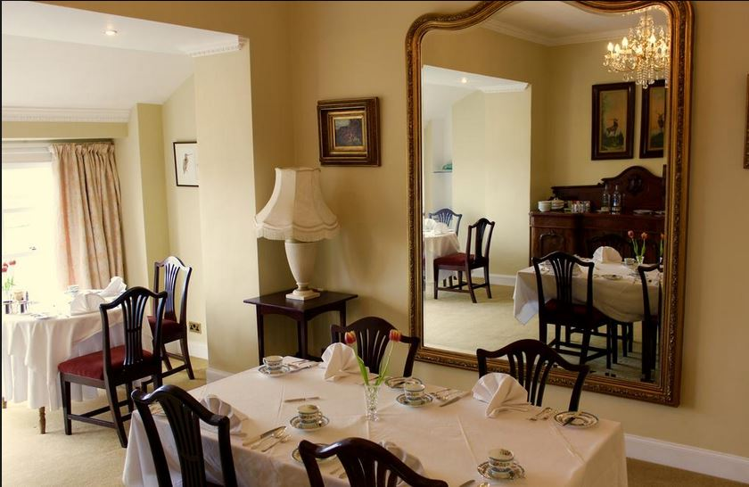 Breakfast room at luxury bed and breakfast Islay