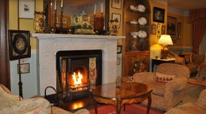 Guest lounge at B&B Loch Ewe