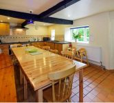 Kitchen diner at large party self catering Herefordshire