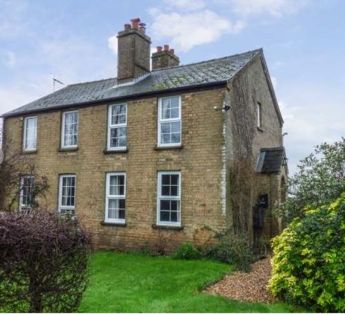 Hawthorn Cottage holiday home near Ely
